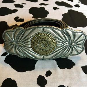 Badass Statement Belt with Italian leather! ⚡️⭐️✨